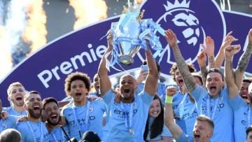 Manchester City vise la passe de trois en Premier League pour inscrire un peu plus le club dans les livres d'histoire (Crédits : Sky Sports).