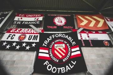 Au Broahurst Park, les fans du monde entier attendent avec impatience l'arrêt des mesures anti-covid– Crédits Photo : Soccerbible.com