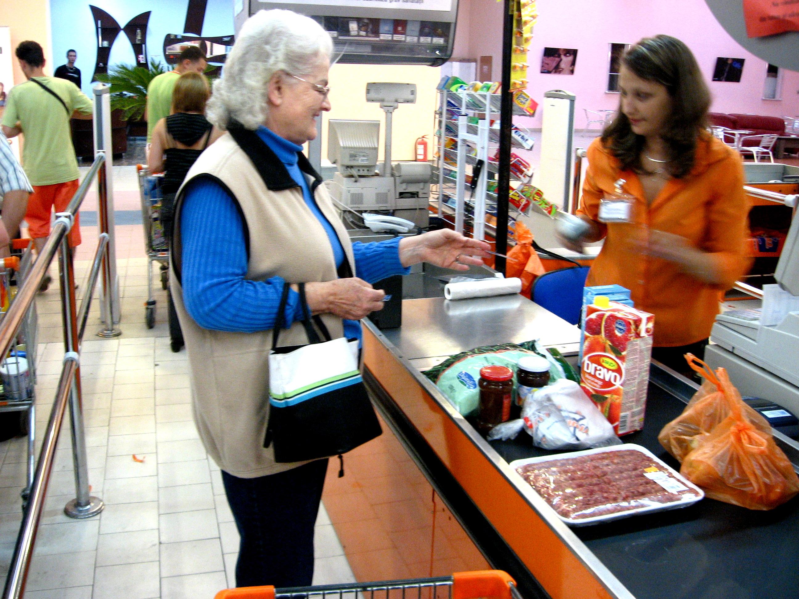 Anne Enjoys Shopping at Trident Supermarket, July 11, '08