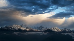 mountains-after-storm-beautiful-blue-clouds-dark-light-mountains-sky-snow-storm-white