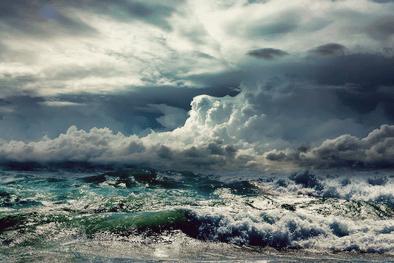 StormingHues