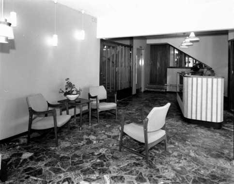 Resepsjonen Hotell Carlton i Lillestrøm 1964. Foto E. Rude