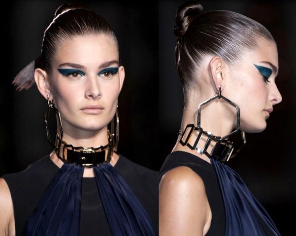 Atelier-Versace-Haute-Couture-Colección4-Otoño-Invierno2014-2015-godustyle