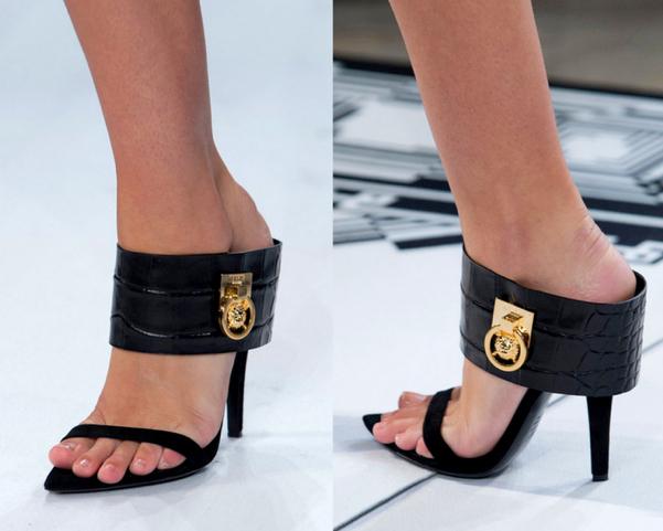 Versus-Versace-Primavera-Verano2015-New-York-Fashion-Week-godustyle