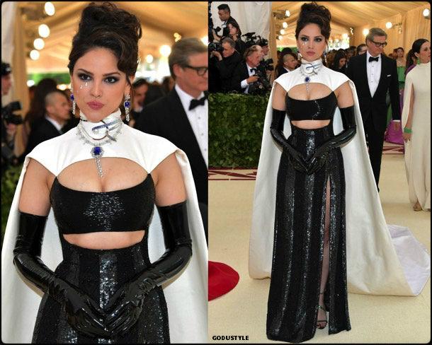 eiza-gonzalez-gala-met-2018-fashion-look-style-details-godustyle