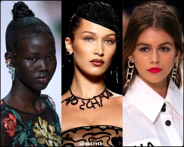logo-jewelry-fall-2019-trends-fashion-tendencias-joyas-look-style-details-godustyle