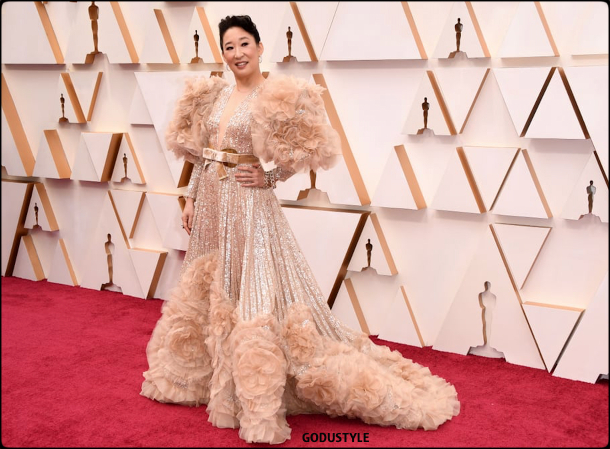 sandra-oh-oscar-2020-fashion-look-style-details-red-carpet-moda-celebrities-godustyle