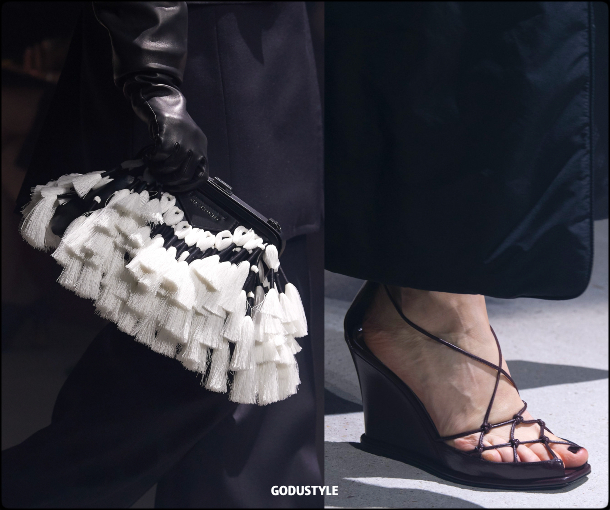 givenchy, fall, winter, 2020, 2021, womenswear, pfw, collection, review, accessories, beauty, shoes, bag, jewelry, fashion weeks, luxury, design, inspiration, moda, otoño, invierno, belleza, joyas, accesorios, zapatos, bolsos