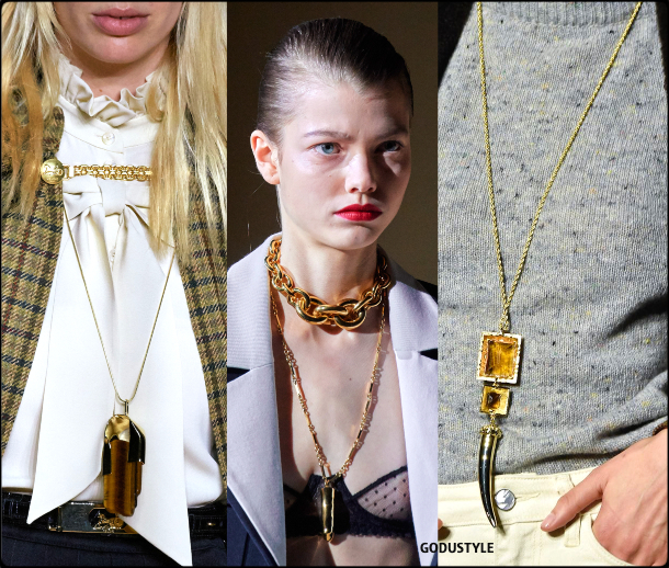 talisman-jewelry-fall-2020-winter-2021-fashion-trend-look3-style-details-joyas-tendencia-moda-godustyle