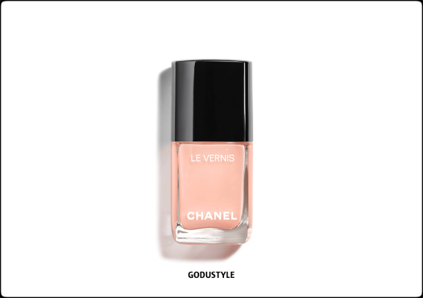 chanel-fleurs-de-printemps-spring-2021-makeup-look12-style-details-shopping-maquillaje-primavera-godustyle