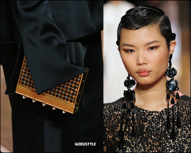 fendi-haute-couture-spring-summer-2021-look2-style-details-jewelry-bags-alta-costura-godustyle