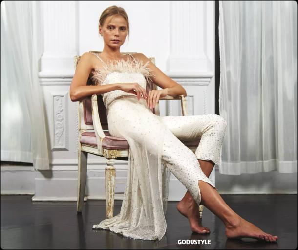 pantsuits-fashion-bridal-spring-summer-2021-trend-designer-look-style-details-moda-novias-tendencias-godustyle