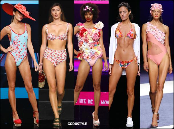 flower-print-swimwear-spring-summer-2021-bikini-swimsuit-look3-style-details-shopping-moda-baño-godustyle