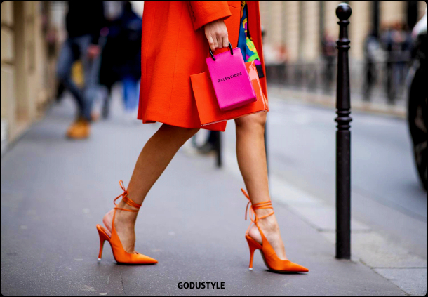 neon-orange-color-fashion-accessories-trend-look-street-style-details-2021-2022-shopping-moda-godustyle