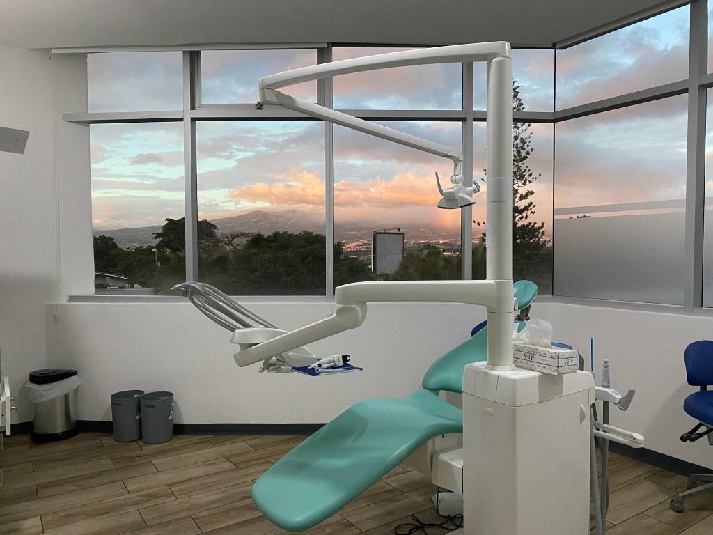 dental clinic costa rica