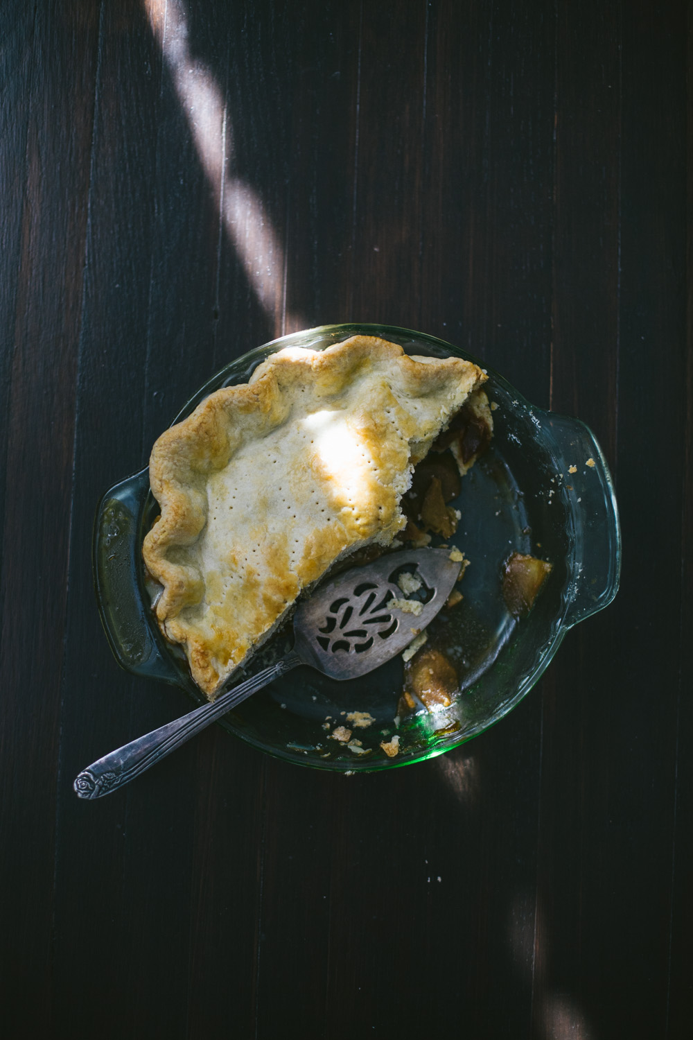 pie crust made with butter and coconut oil