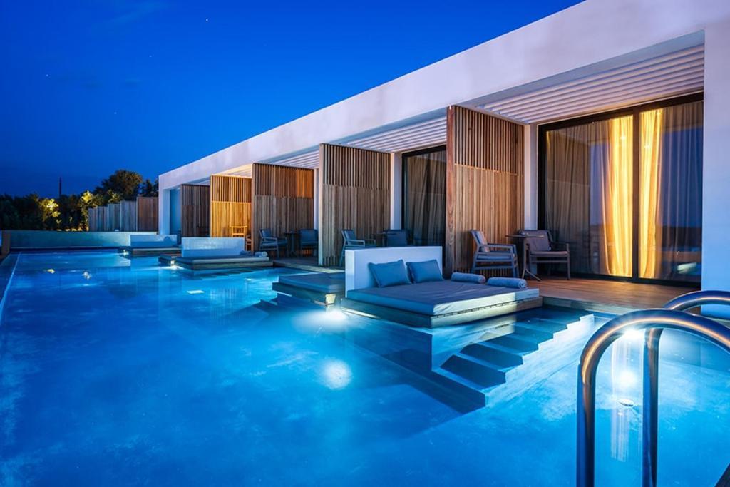 Swim up suites met gedeeld zwembad bij het 5* Zante Maris Suites