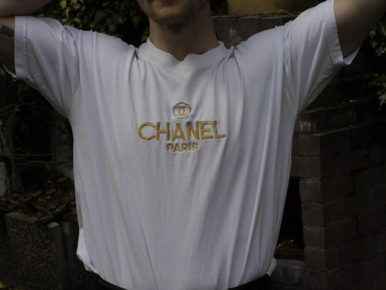 Vite enVogue: Chanel Boutique-Shirt