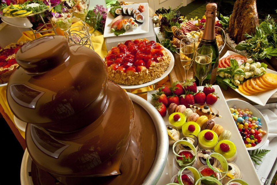 Best Easter Brunch in Orlando can be found on the Top 9 list by goEpicurista.com