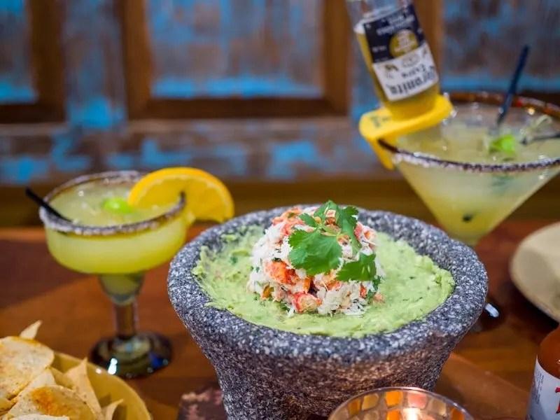 9 Reasons Foodies Love Rosen Shingle Creek Resort in Orlando Guacamole and Margaritas