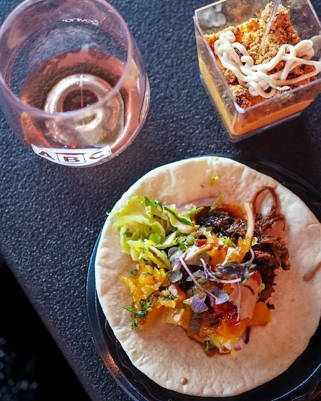 Photo recap why every Foodie Loves Cows N Cabs Event in Orlando. Including STK