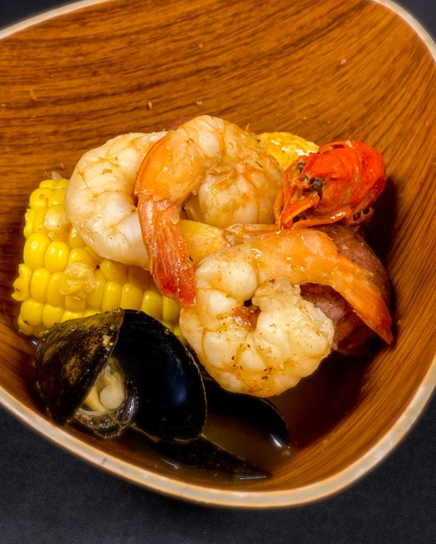 Taste of Epcot Food and Wine Festival guide Seafood Boil