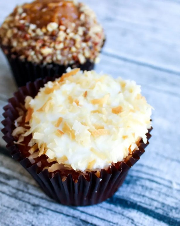 Lemon Coconut cupcake. Get to know Sheila Norton of B Cupcakes in Orlando, support black owned businesses and add some sweet inspiration to your life with cakes of all sizes.