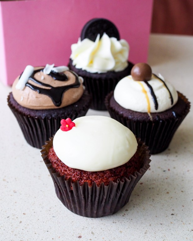 Get to know Sheila Norton of B Cupcakes in Orlando, support black owned businesses and add some sweet inspiration to your life with cakes of all sizes.