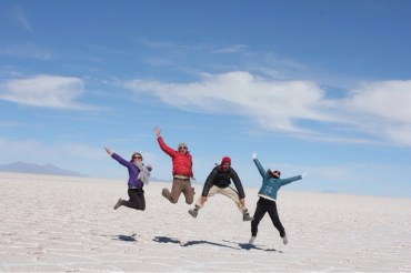 Allison, Isaiah, Marvin & Eve Jumping at Uyuni Salt Flats