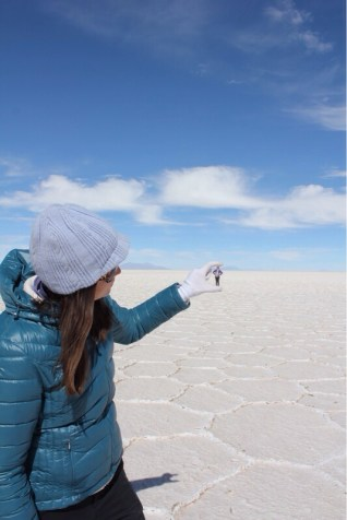 Eve Crushing Marvin at Uyuni Salt Flats