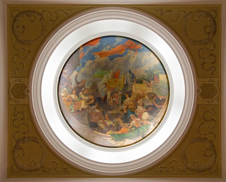 Deckenmalerei im Hotel Ukraine in Moskau