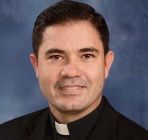 Padre Julio Domínguez