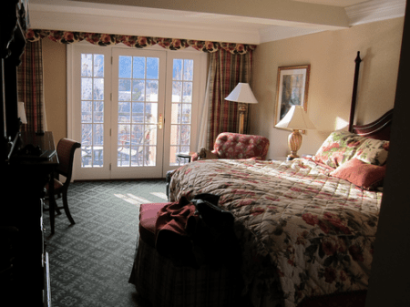 The Broadmoor - Colorado Springs Resort Hotel - Room