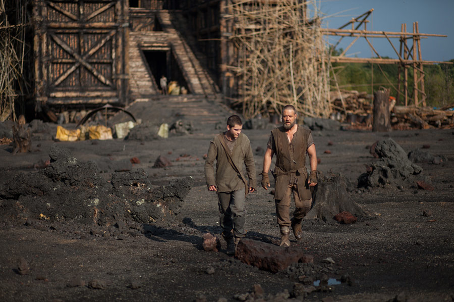noah publicity still photo russell crowe