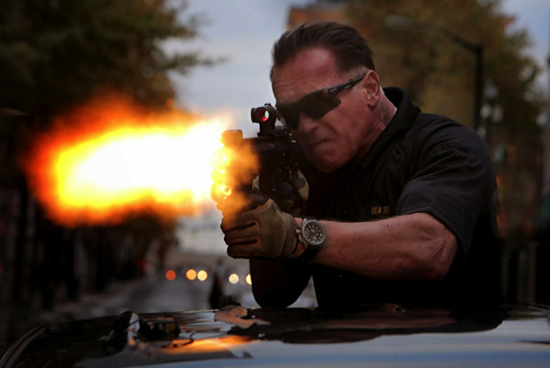 arnold schwarzenegger misses from close range