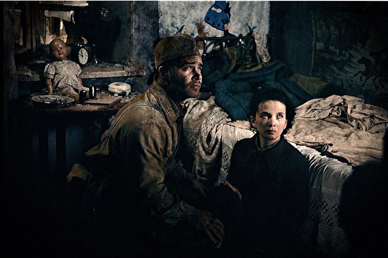 """Publicity still photo from """"Stalingrad"""""""