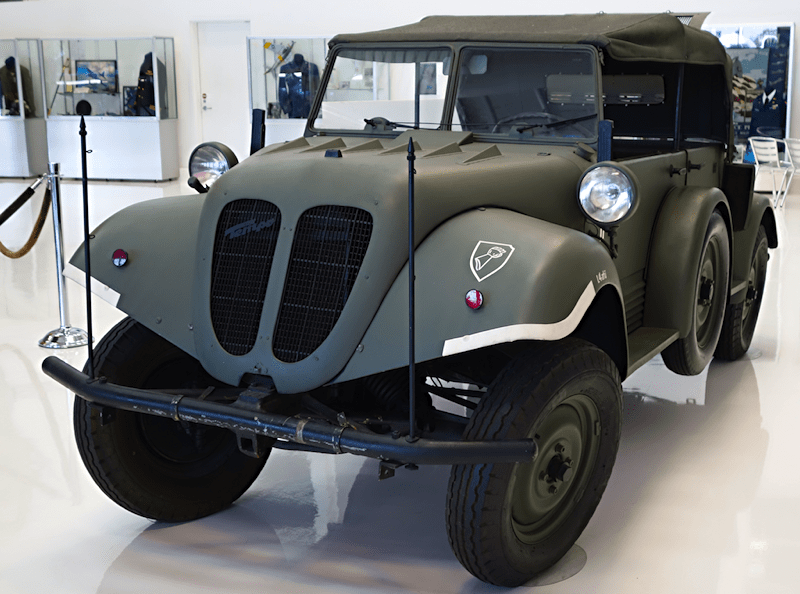 Dodge WC-6 Command and Recon Truck