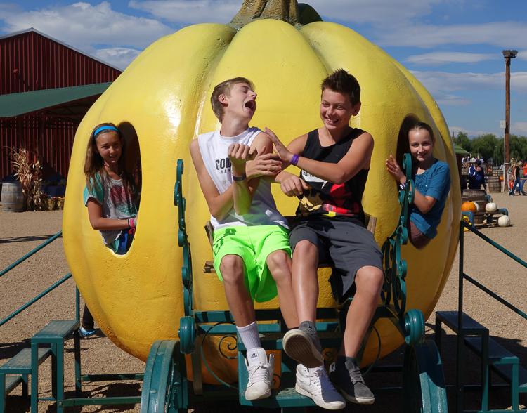 kids having fun, magic pumpkin coach, anderson farms