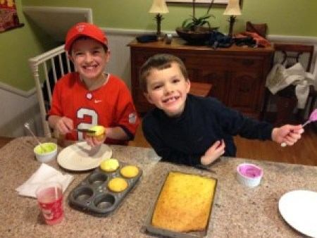 boys and guest aunt, breakfast!