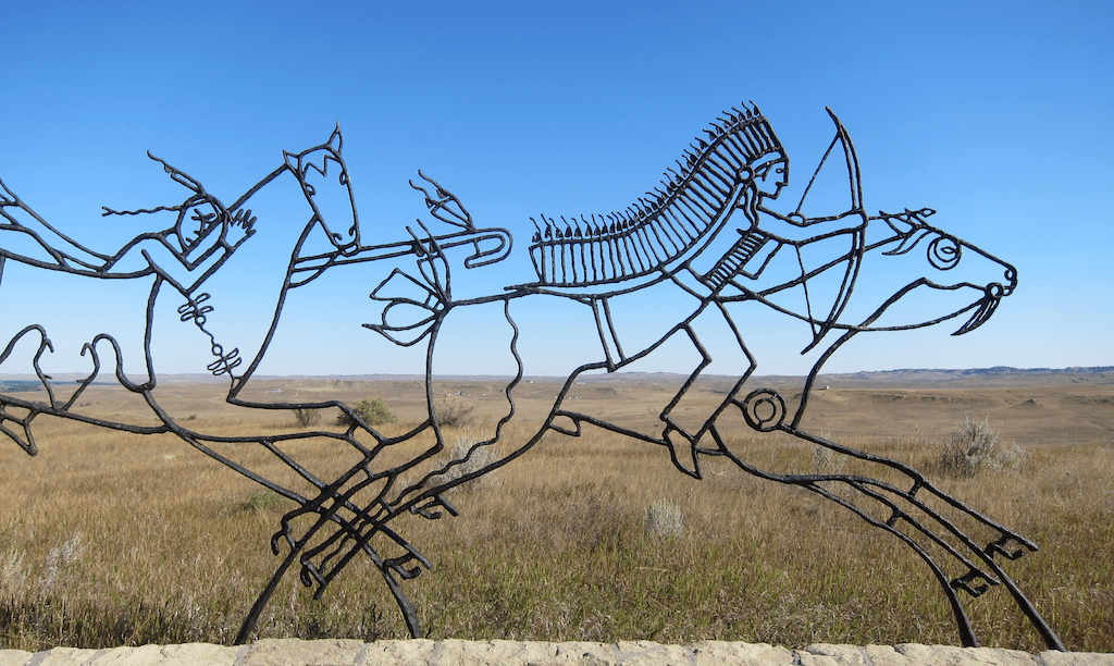 indian memorial sculpture, little bighorn montana