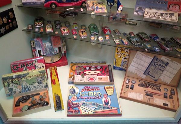 spy cold war games toys