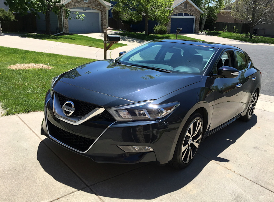 prom car adventures with the 2016 nissan maxima from gofatherhood. Black Bedroom Furniture Sets. Home Design Ideas