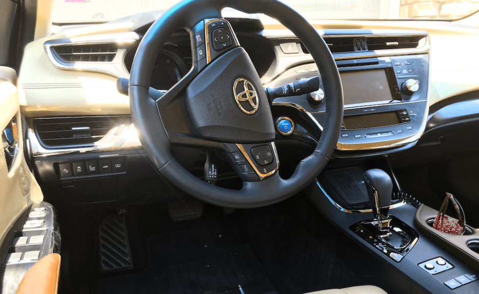 2016 toyota avalon hybrid dashboard