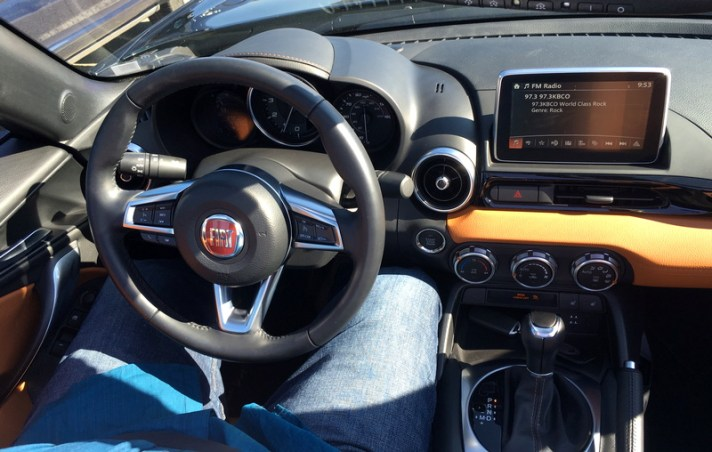 too small 2017 fiat spider 124