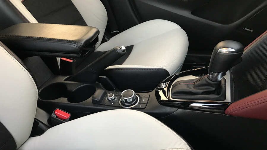 2017 mazda cx-3 interior center console