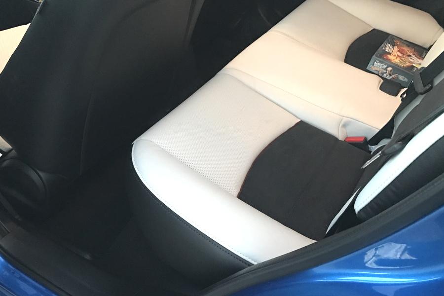 no legroom, back seat of 2017 mazda cx-3