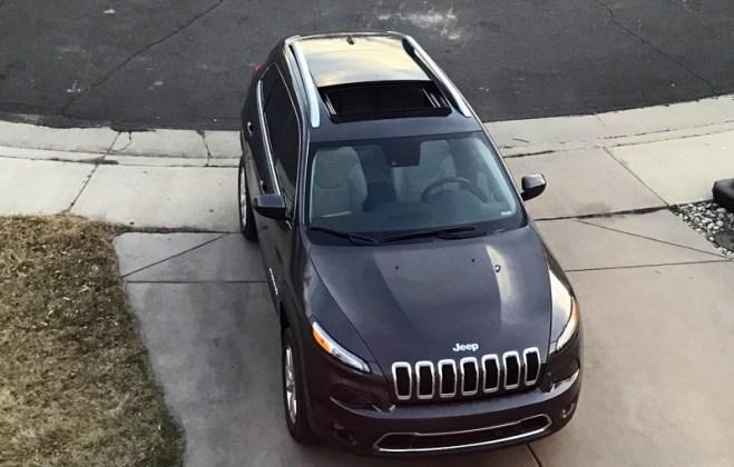 huge sunroof / moonroof, 2017 jeep cherokee limited 4x4