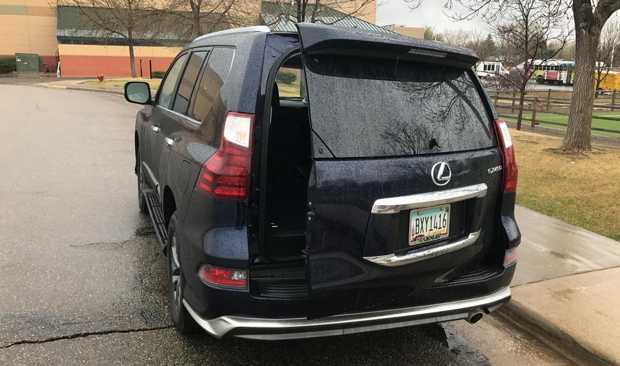 2017 lexus gx460 rear door swings sideways