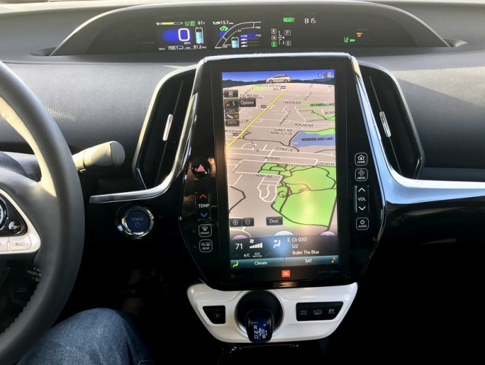 dashboard, nav screen, 2017 toyota prius prime