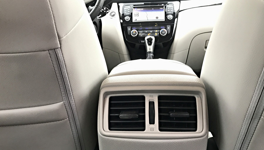rear a/c vents, 2017 nissan rogue sport
